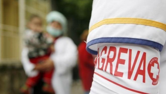 GREVA JAPONEZA: Medicii vor lucra cu banderole pe braţ pe 23 martie .