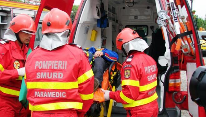 Un barbat de 300 de kilograme din Buzau a murit intr-o autospeciala SMURD. Acuzatii dure la adresa paramedicilor