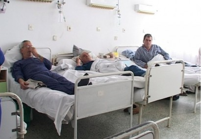 O noapte într-un spital din România, de cinci ori mai scumpă decât într-un hotel de lux. Sumele exorbitante decontate strict pentru cazarea bolnavilor