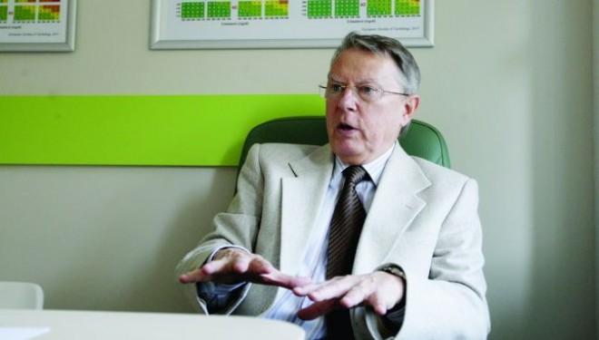 "Prof. dr. Nicolae Hancu, nutritionist: ""«Slabire garantata si rapida» este cel mai antimedical anunt!"""