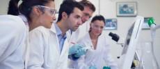 Descoperire revoluţionară împotriva HIV: Experţii au găsit o soluţie pentru a opri răspândirea virusului