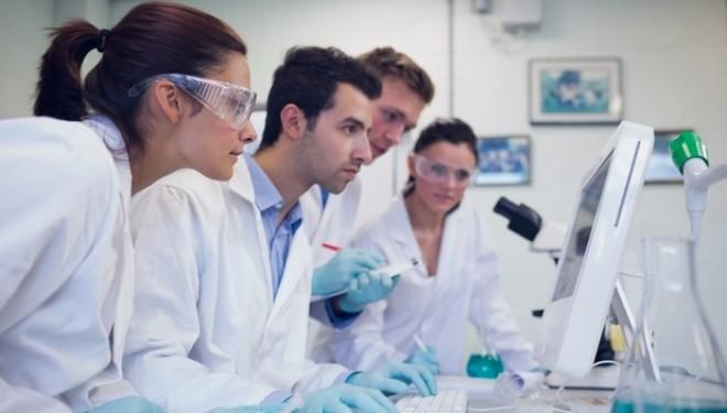 PREMIERA MONDIALA : Marea Britanie a autorizat fertilizarile in vitro cu ADN prelevat de la trei părinţi