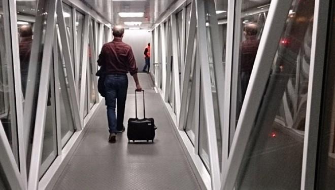 Sfaturi pentru gravidele care calatoresc cu avionul