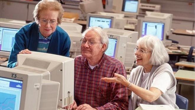 Tu stii ce urme lasi pe internet ! Datele personale si protectia lor pe internet