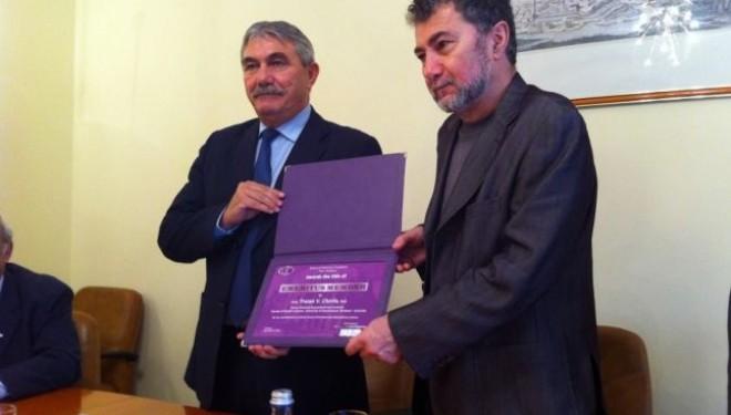Traian Chirila, inventatorul primei cornee artificiale, va deveni Doctor Honoris Causa al Universitatii Politehnica Timisoara