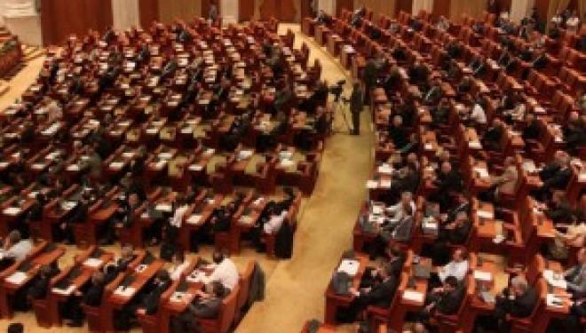 Legea vaccinării, discutată în Guvern și trimisă în Parlament.