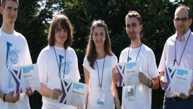 INVENTIA unor studenti romani poate ajuta milioane de pacienti ce au suferit accidente vasculare cerebrale