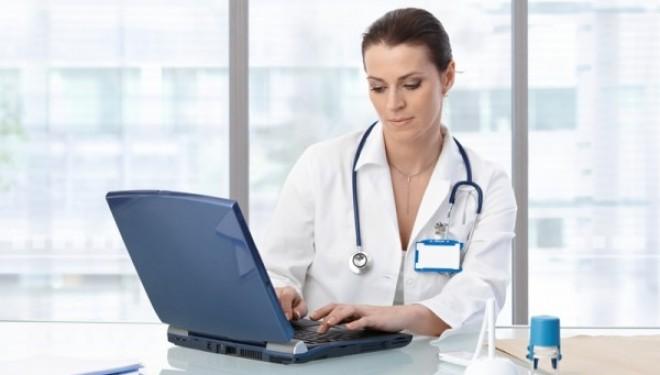 CARDUL DE SANATATE va face dovada prezentei asiguratului la furnizorul de servicii medicale .