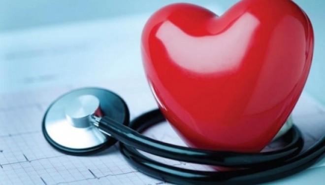 """Dr. Gheorghe Cerin, medic cardiolog: """"Să lăsăm fumatul şi să controlăm mai bine zahărul din sânge""""."""