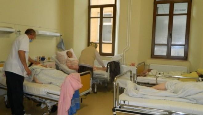 Scandalos. Bolnavii de cancer umiliti in Romania, tratati pe gratis in Ungaria