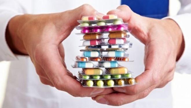 Care este cauza adevarata pentru care medicamentele originale nu sunt accesibile ? Pretul patentelor sau  incapacitatii mediului decizional politic !