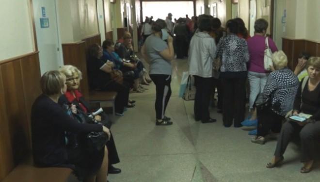 Urgenţe blocate cu sute de bolnavi