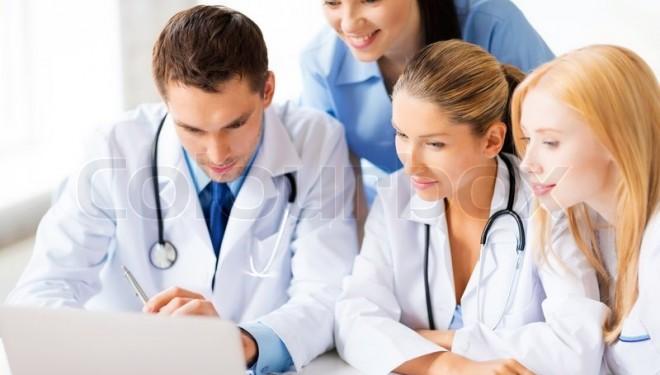 Paradoxul din sănătate: Avem de aproape patru ori mai mulţi absolvenţi de medicină faţă de 1990, dar secţii din spitale sunt închise din lipsă de specialişti