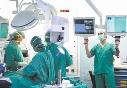 Premieră medicală în SUA: Copil născut dintr-un uter transplantat