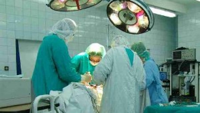 Singura doctorita femeie din Europa de Est care face transplant de ficat este o românca.