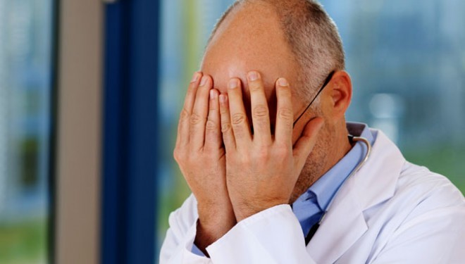 Medicii sunt suparati, dupa cardul de sanatate urmeaza dosarul electronic. Din nou voluntariat !