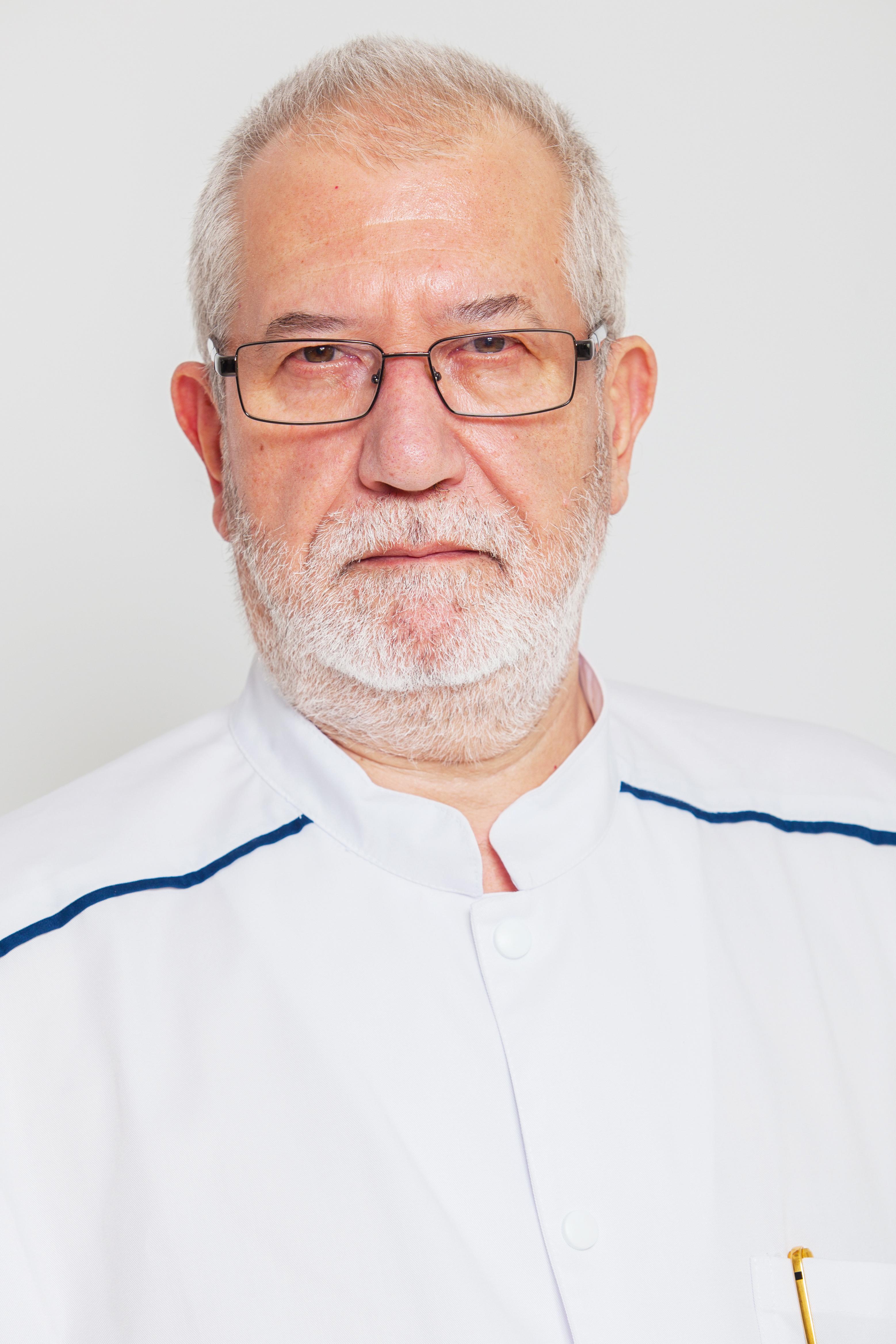 dr Mircea-Savu