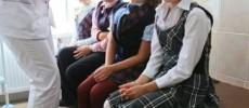 Ministerul Sănătății cere cabinete medicale în școli dar blochează posturile