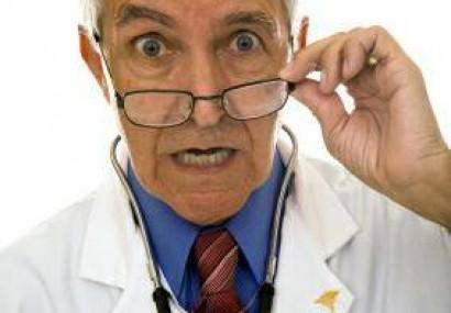 Medicii români, recrutați de țările din Europa. Ce salariu primește un doctor în Franța