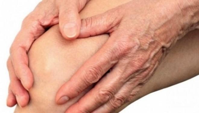 Bolnavii de reumatism cer Ministerului Sanatatii sa retraga actul privind modificarea protocoalelor de tratament la bolile reumatice
