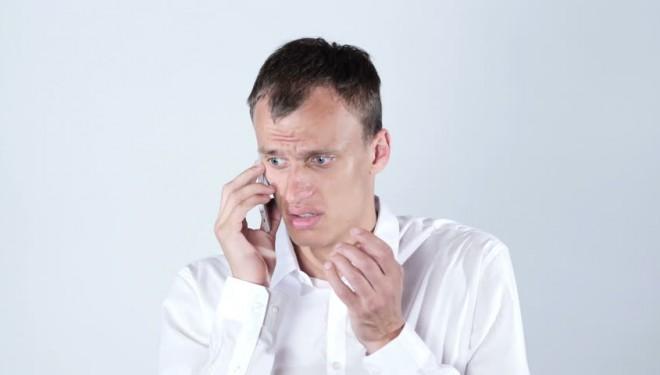Zece pacienţi pe zi sună la telefonul anticorupţie