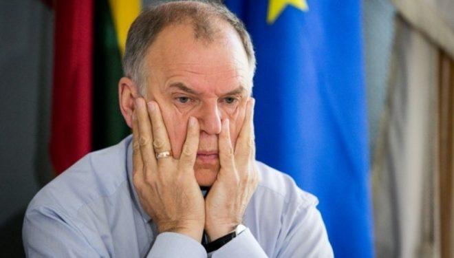 Comisarul pentru Sănătate, îngrijorat de situaţia din România: Ruşine anti-vaccinistilor!