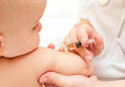 7 reacții adverse la vaccin înregistrate anul acesta în Mureș