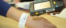 Ministerul Sănătăţii a solicitat consultanţă spitalului din Suceava pentru brăţările de identificare a pacienţilor
