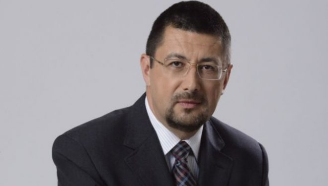 Asociaţia Producătorilor de Medicamente Generice cere demisia ministrului Sănătăţii şi pe cea a preşedintelui CNAS