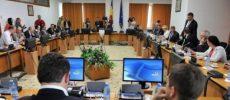 Bugetul asigurărilor sociale de stat pe 2018 şi alte bugete ale instituţiilor publice au trecut de comisiile de specialitate UPDATE