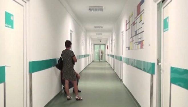 Peste o cincime din pacienţii internaţi – nemulţumiţi de curăţenia din spitale, potrivit unui raport ORS