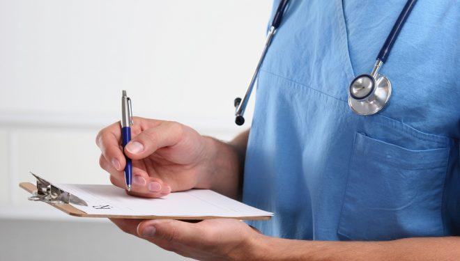 Angajaţii din sănătate ameninţă cu proteste anul viitor