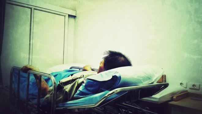 3 cazuri de meningită într-o săptămână. Simptomele care ar trebui să ne îngrijoreze
