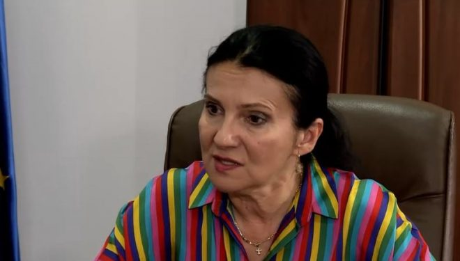 """Sorina Pintea: Meningita depistată la pacienta din Argeș nu este de același tip cu cea a elevei de la Colegiul """"Lazăr"""""""