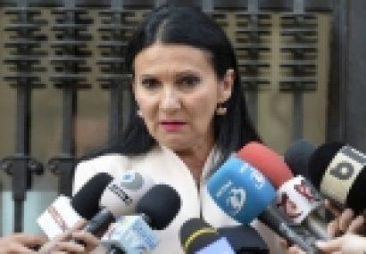 Ministrul Sănătății, Sorina Pintea, propune desfacerea contractului de muncă şi dosar penal în cazul asistentei medicale de la Bacău