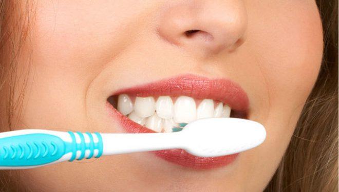 Legătura dintre modul în care vă spălați pe dinți și cancerul hepatic