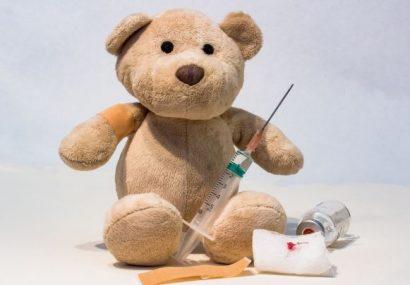Vaccinarea împotriva difteriei previne îmbolnăvirea. Cât timp protejează vaccinul