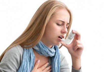"""Conf.dr. Roxana Nemeş: """"Astmul bronşic nu se rezolvă cu salina"""""""