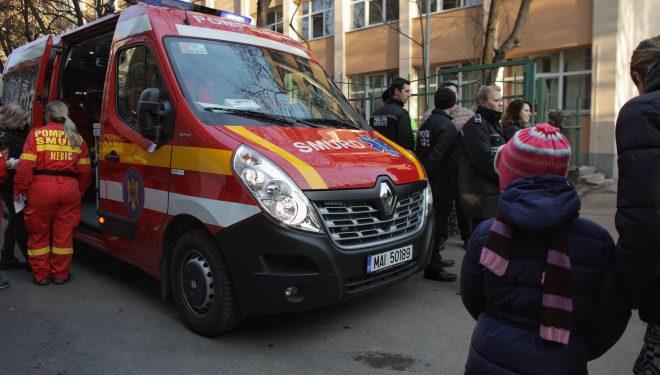 Copiii de la şcoala 133 au ajuns la spital după ce firma de deratizare a făcut o greşeală imensă. Poliţie deschide dosar penal