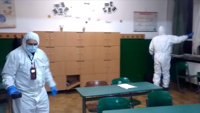 Anchetă de amploare la Arad, unde zeci de copii s-au intoxicat după deratizarea din şcoală. Ministru: Nimeni nu şi-a făcut treaba