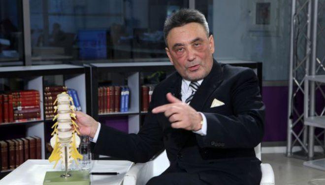 """Dr. Ovidiu Grămescu, medic primar neurochirurg:  """"Hernia de disc poate apărea şi la oameni tineri, din cauza suprasolicitării coloanei"""""""