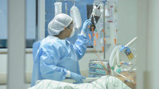 Cele mai multe cazuri noi de COVID-19, în București. Medic: La spital vin tot mai mulți tineri și tot mai puțini asimptomatici