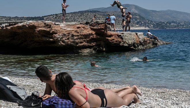MAE: Alți trei români aflaţi în Grecia au fost depistaţi cu coronavirus. Aceștia vor fi aduși în țară marți