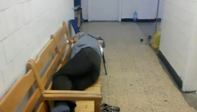 Cum arată un spital sufocat de pacienți. La Ploiești, ajung pe pat cei în stare gravă, alții au așteptat pe hol chiar și două zile