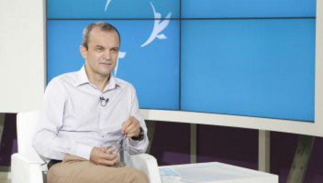 """Dr. Cătălin Cîrstoveanu: """"Capacitatea celulelor care luptă cu infecţiile este grav afectată la cei care consumă carbohidraţi"""""""
