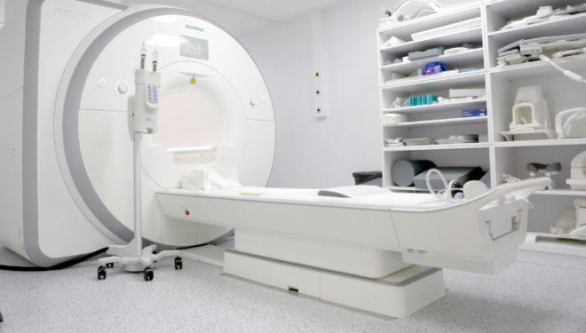 Care sunt pacienții cărora le este contraindicată investigația RMN?