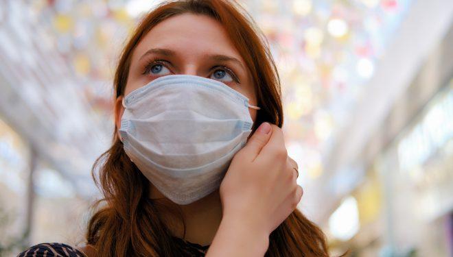 Motivul pentru care cei care fac vaccinul anti-Covid trebuie să poarte în continuare masca sanitară