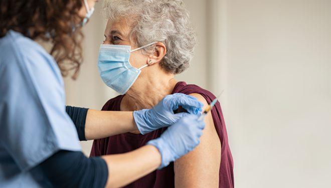 30 de oameni programați duminică, lăsați fără vaccin la Spitalul Orășenesc din Deta, județul Timiș