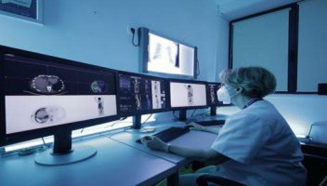 Imagistică moleculară de tip PET-CT cu un echipament unic în România