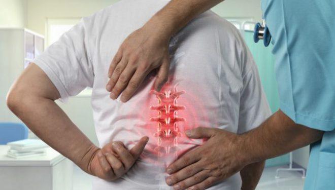 Adevărul LIVE, de la 14.00: Când o durere de spate poate semnala existenţa cancerului de coloană
